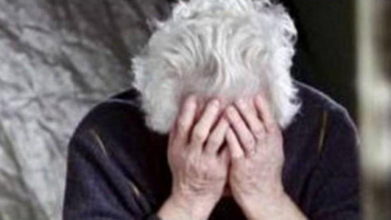 ec43e63011e Pogradec  Dhunon mamanë 63-vjeçare