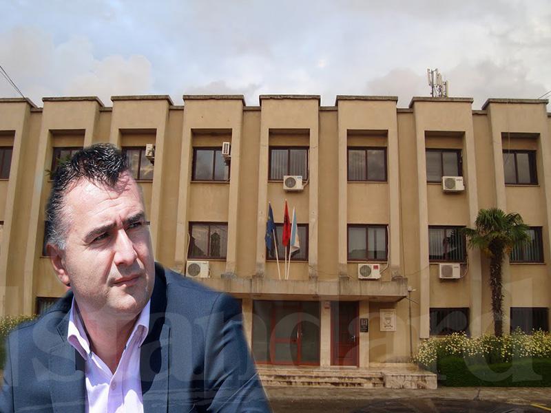 Shkarkohet kreu i Këshillit të Qarkut Lezhë  xhaxhai i Arben Ndokës