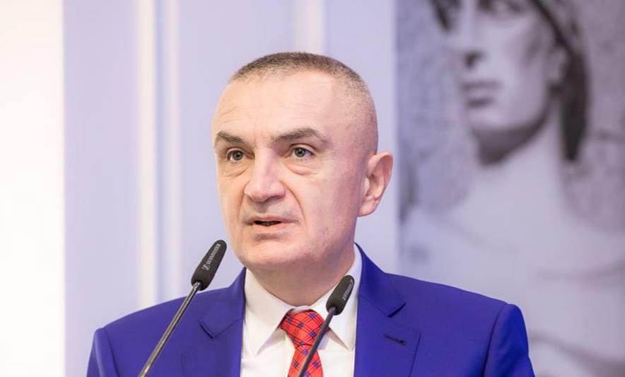 Presidenti Meta intervistë për median greke  Vija e kuqe e Kushtetutës për marrëveshjen detare