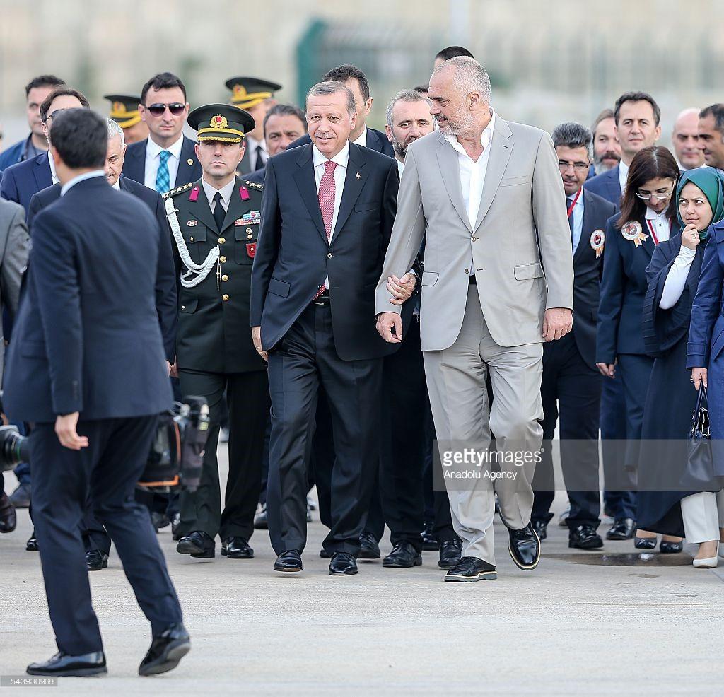 Presidentit turk Erdogan hedh bombën: Do marrim kontrollin edhe në Shqipëri
