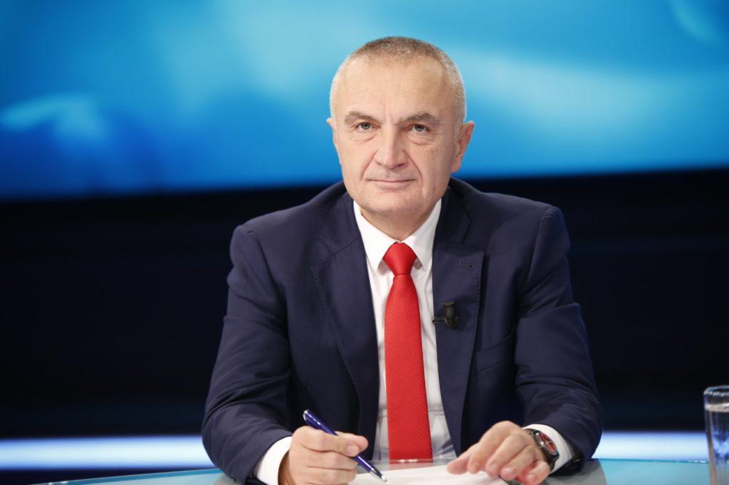 ish-deputeti-i-ps-ne-krah-te-presidentit-respekt-per-ilir-meten-ambasadore-karagjoze-me-gishta-teper-s-kane-vend-ne-institucione