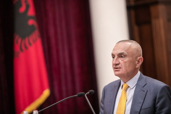 Nga marrëveshja me Turqinë tek telekomunikacionet satelitore  Presidenti Meta dekreton shpalljen e 3 ligjeve