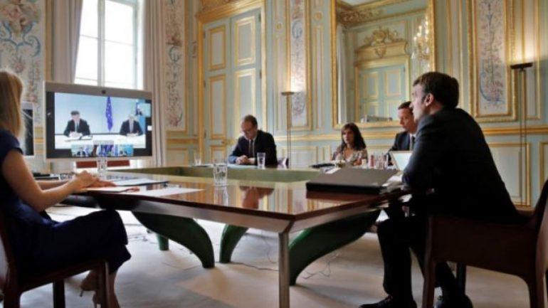 Macron e Merkel me deklaratë të përbashkët  Dialogu Kosovë Serbi rifillon më 12 korrik  në datë 16