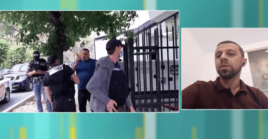 arrestimi-i-hardinajt-gazetari-tregon-se-cfare-folen-ne-telefon-e-mora-disa-minuta-para-me-tha-se-po-e-ndiqnin