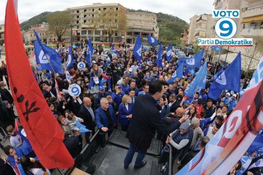 Basha në ndalesën e dytë të turit Jug-Veri: Nuk ka asnjë bashkëpunim me Edi Ramën!